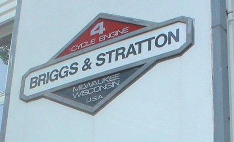 BRIGGS & STRATTON'S LARGEST UNSECURED CREDITORS PUSH FOR REORGANISATION