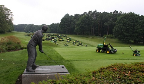 EDITOR'S BLOG: TEEING OFF WITH JOHN DEERE